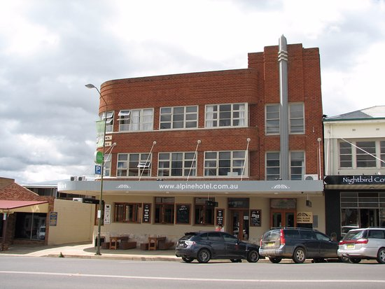 The Alpine Hotel Restaurant Cooma - Sunshine Coast Tourism
