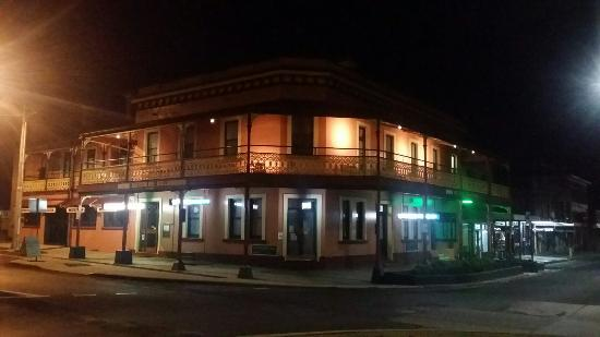 The Great Central Hotel - Sunshine Coast Tourism