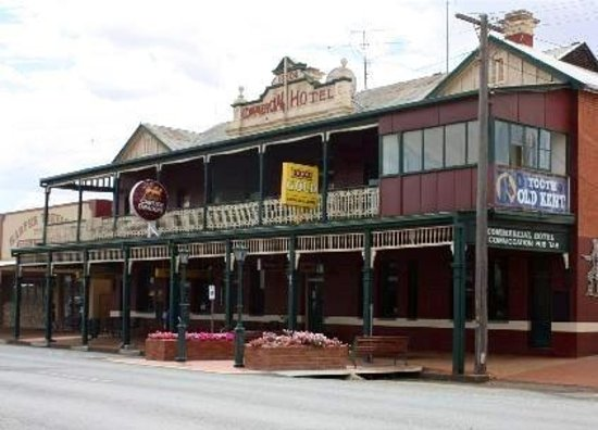 Commercial hotel - Sunshine Coast Tourism