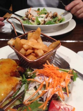 Three Little Pigs Tavern - Sunshine Coast Tourism