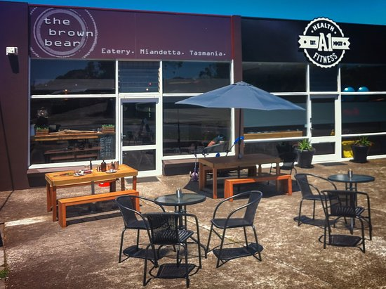 The Brown Bear Eatery - Sunshine Coast Tourism
