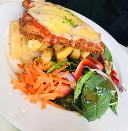 Willow court restaurant and cafe - Sunshine Coast Tourism