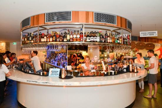 Scarborough Beach Bar - Sunshine Coast Tourism