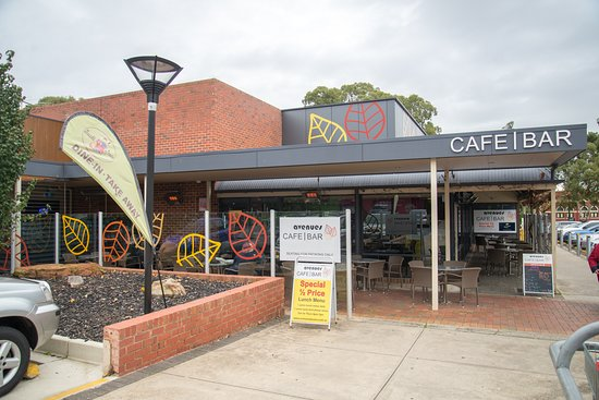 Avenues Cafe Bar - Sunshine Coast Tourism