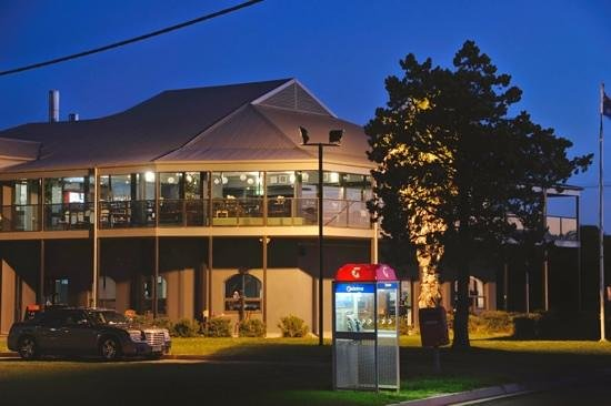 St Kilda Beach Hotel - Sunshine Coast Tourism