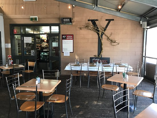 's Cafe - Sunshine Coast Tourism