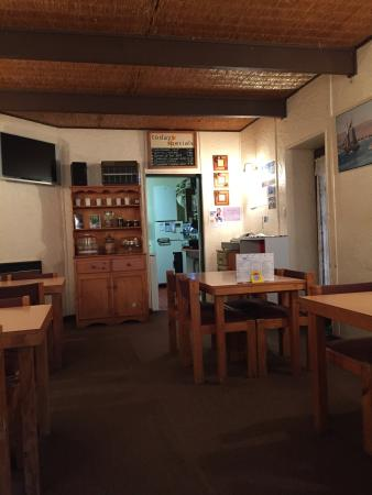 Ozzie's Coffee Lounge - Sunshine Coast Tourism