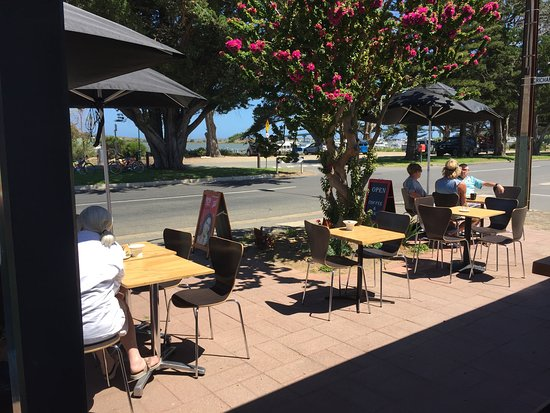 Riverview Deli - Sunshine Coast Tourism
