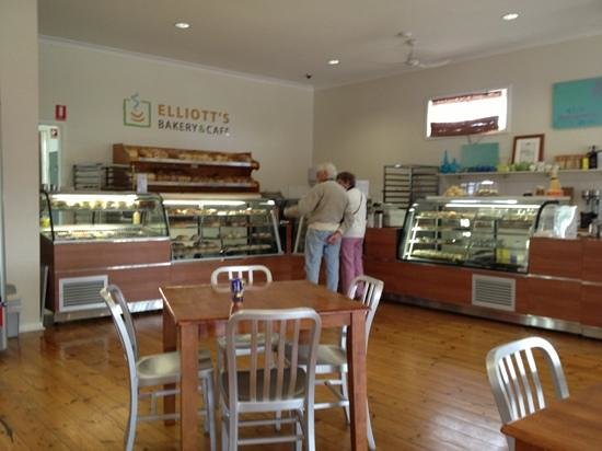 Elliott's Bakery  Cafe - Sunshine Coast Tourism