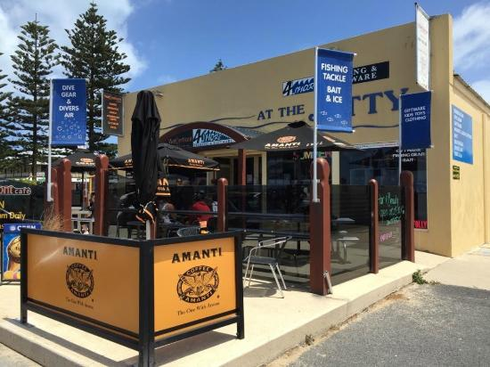 Waterfront Cafe - Sunshine Coast Tourism