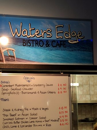 Water's Edge Bistro - Sunshine Coast Tourism