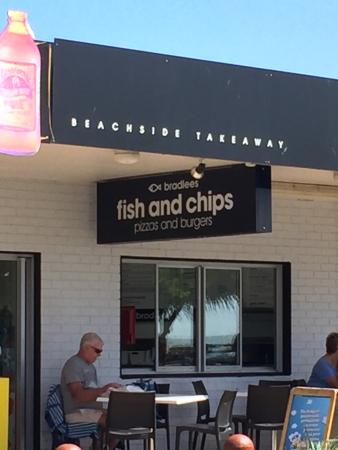 Bradlee's Beachside Takeway - Sunshine Coast Tourism