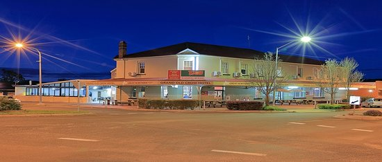 Grand Old Crow Hotel - Sunshine Coast Tourism