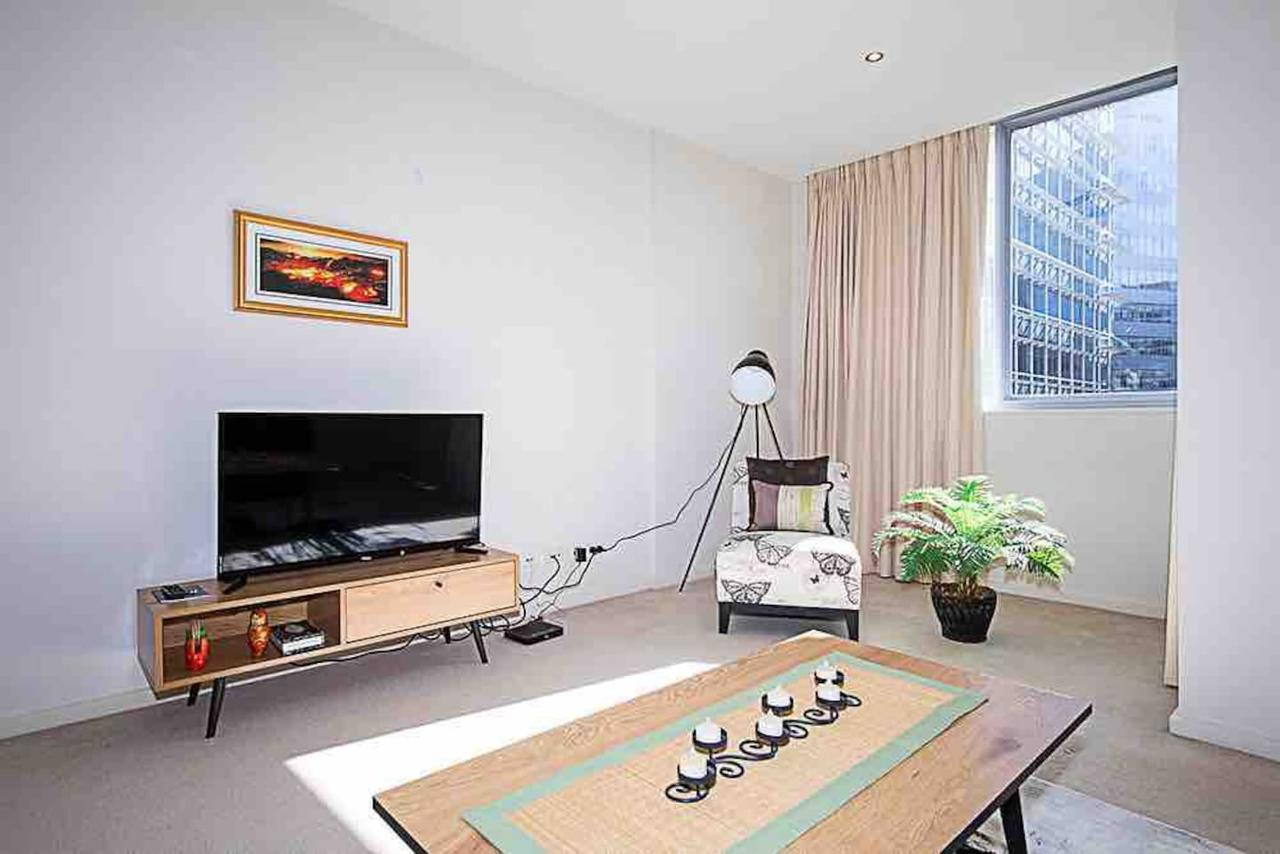 Spacious 1BR Stylish New Acton Apartment Parking - Sunshine Coast Tourism