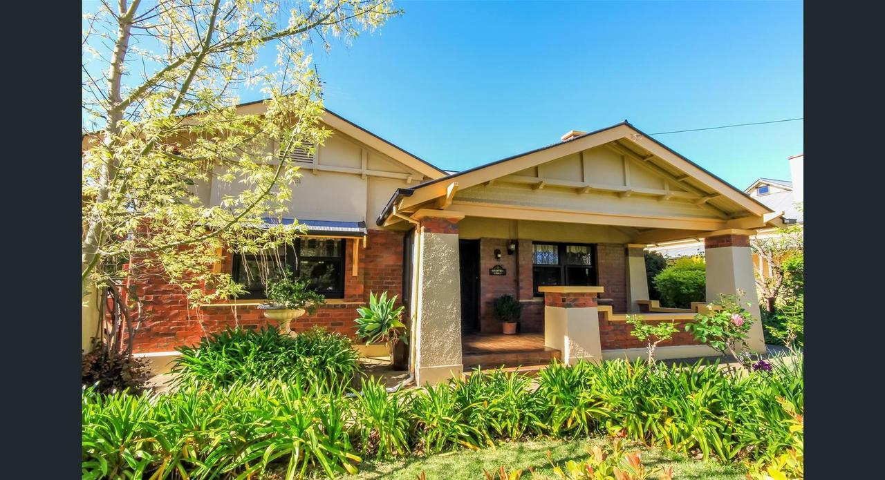 Ambrosia Holiday Home - Sunshine Coast Tourism