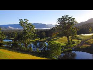 SkyView Villa - Sunshine Coast Tourism