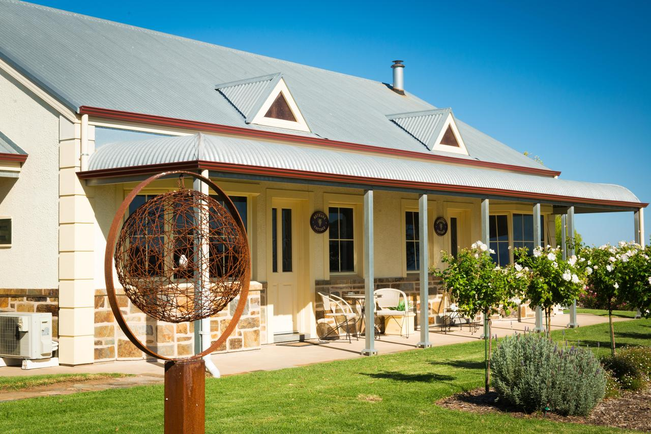 Barossa Vineyard Cottages - Sunshine Coast Tourism