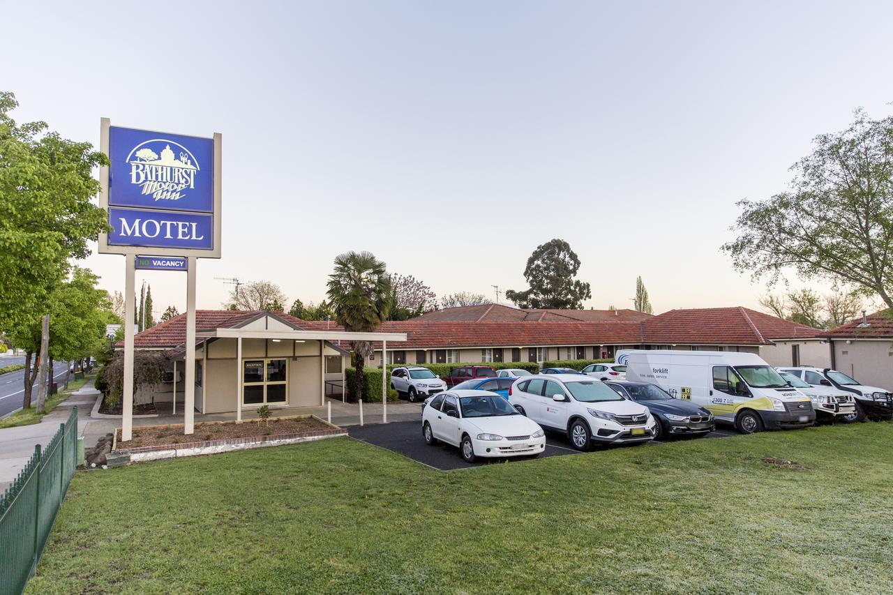 Bathurst Motor Inn - Sunshine Coast Tourism