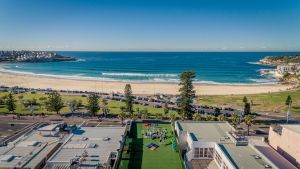Wake Up Bondi Beach - Sunshine Coast Tourism