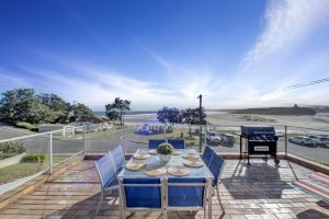 The Rotunda  Gerroa - Pet Friendly Beachfront - Sunshine Coast Tourism