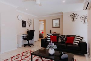 Central Wagga Self Catering Apartment - Sunshine Coast Tourism