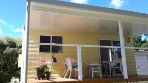 The Best Exotic Magnolia Cottage - Sunshine Coast Tourism