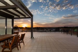 The Penthouse - Sunshine Coast Tourism