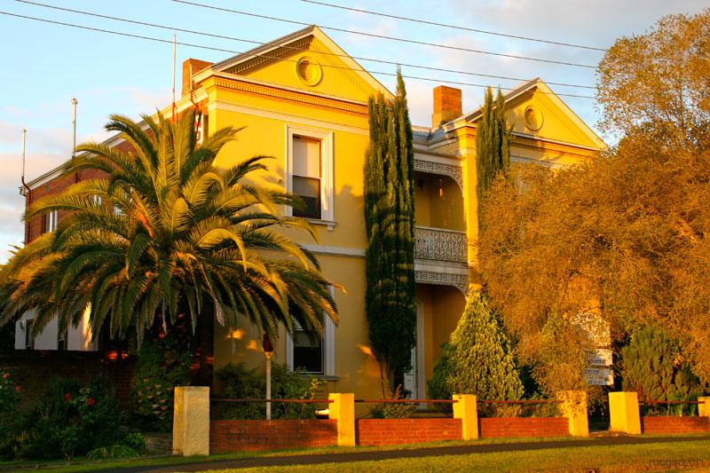 Campbell st Lodge - Sunshine Coast Tourism