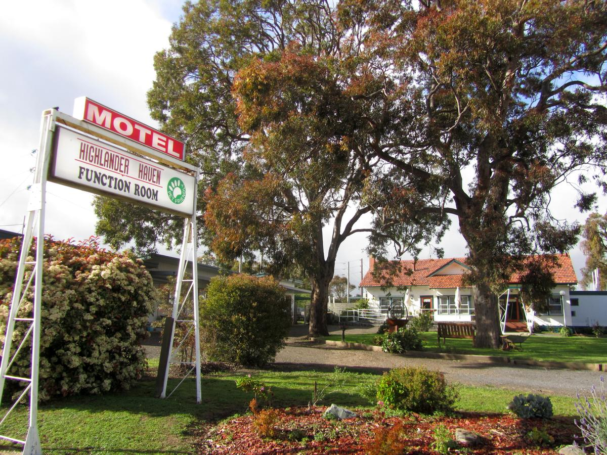 Highlander Haven Motel - Sunshine Coast Tourism
