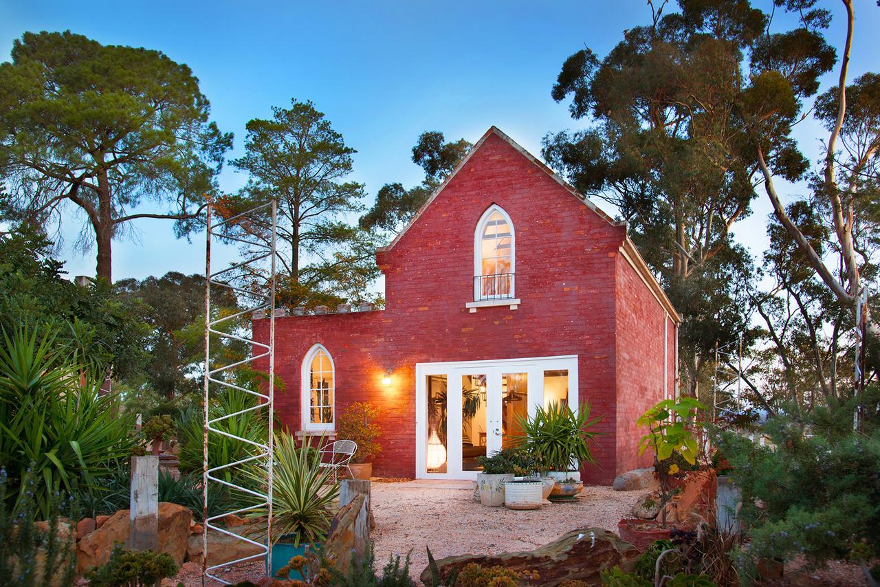 bebe castlemaine - Sunshine Coast Tourism