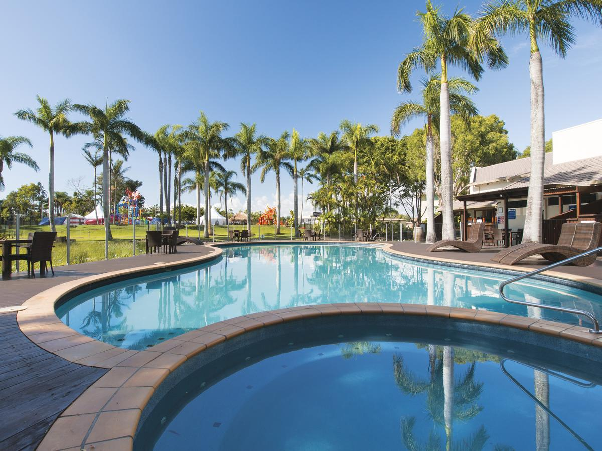 Oaks Oasis - Sunshine Coast Tourism
