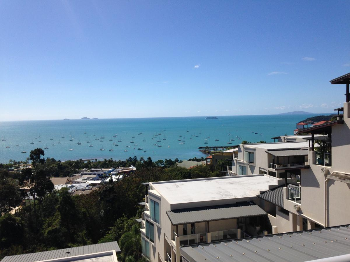 Whitsunday Reflections - Sunshine Coast Tourism