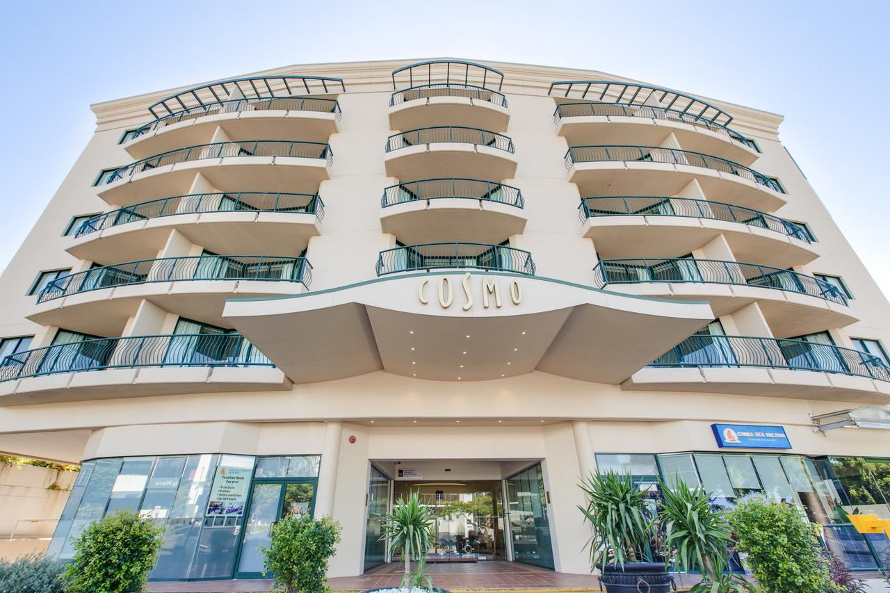 Central Cosmo Apartment Hotel - Sunshine Coast Tourism