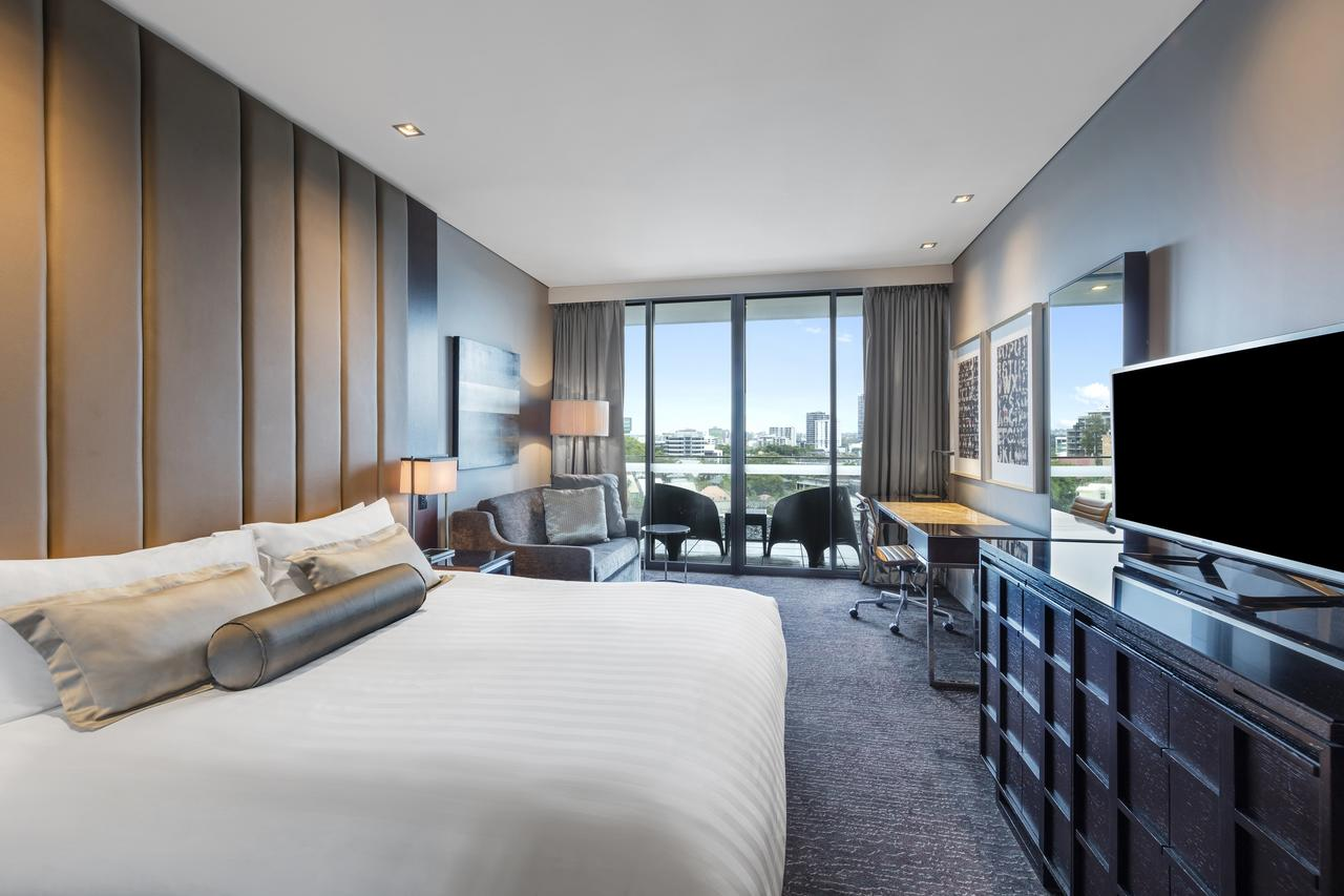 Gambaro Hotel Brisbane - Sunshine Coast Tourism