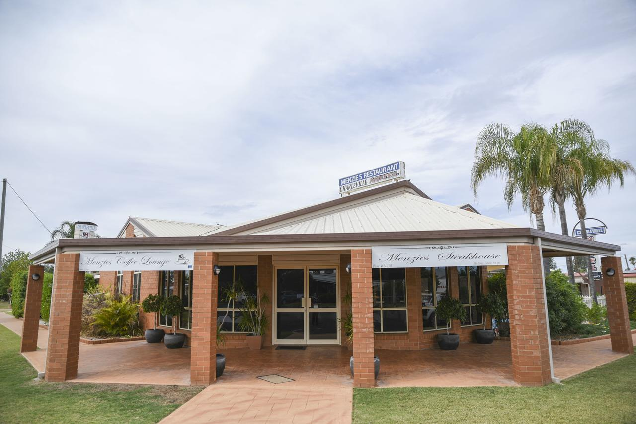 Charleville Motel - Sunshine Coast Tourism