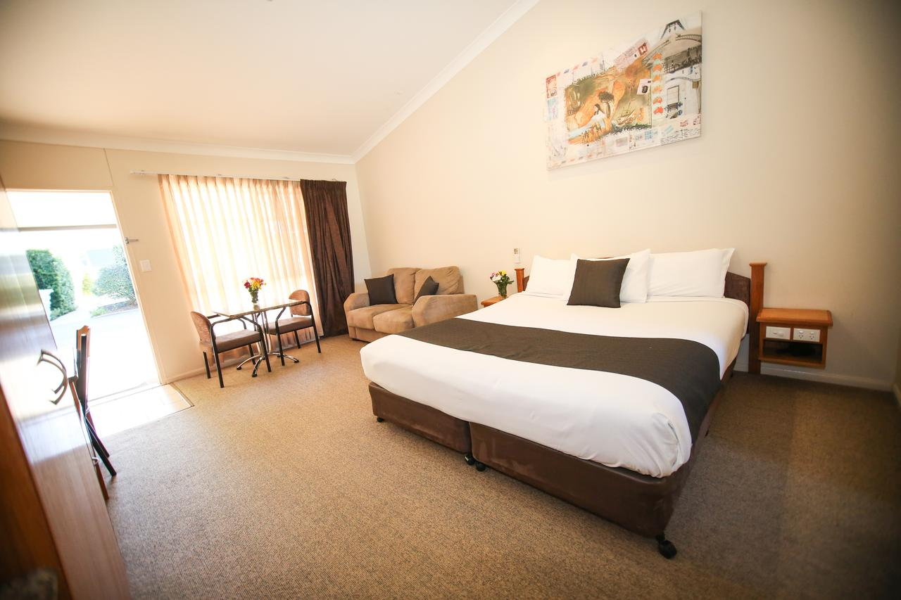 Roma Explorers Inn - Sunshine Coast Tourism